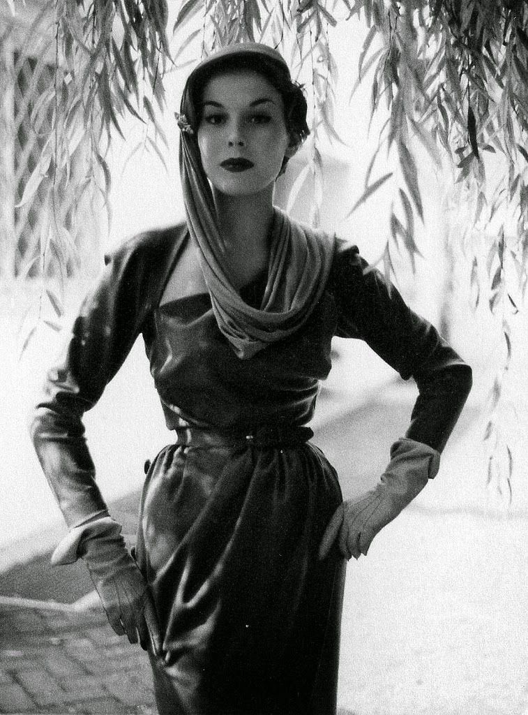 Vintage Everyday: Beautiful German Women's Fashions From
