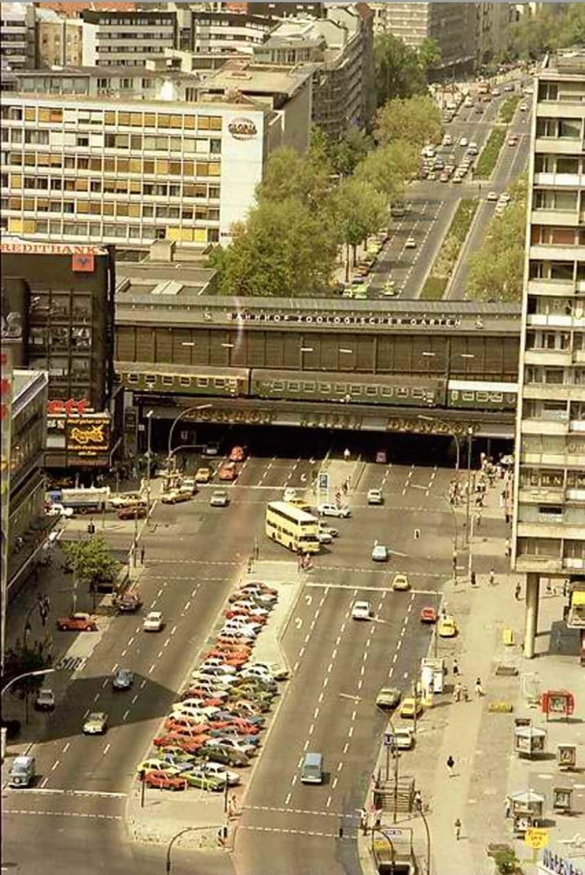 Bahnhof Zoologischer Garten Anfang Der 80ern Urlaub Planen Berlin Stadt Berlin Geschichte