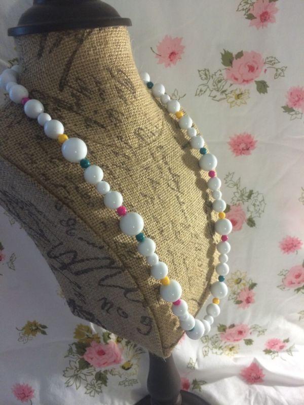 Cute bright necklace