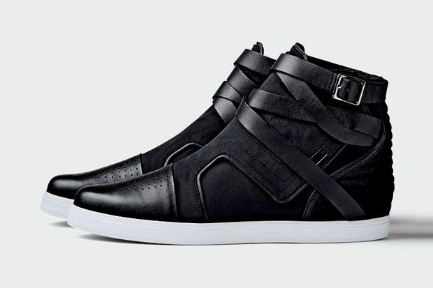 adidas SLVR Fashion Mid Strap   Herrskor, Sportkl?der och Skor