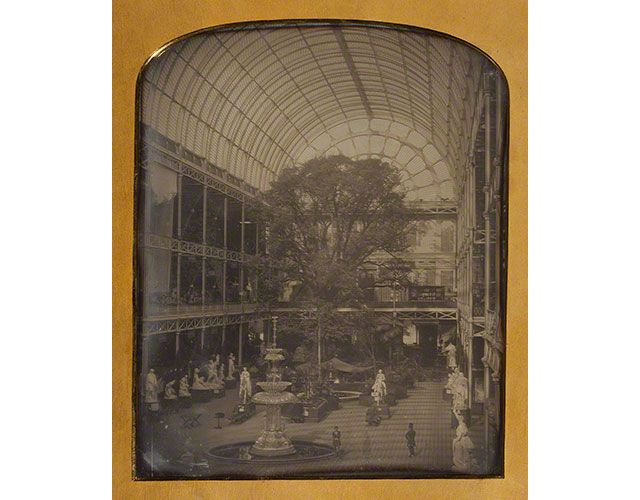 The Crystal Palace at Hyde Park, London, 1843, John Jabez Edwin Mayall, daguerreotype. J. Paul Getty Museum
