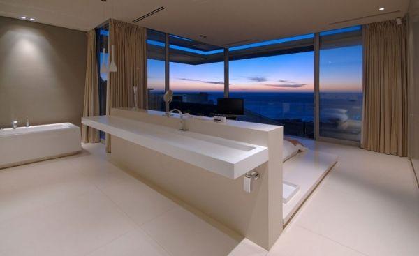 badezimmer offen modernes luxus ferienvilla mit ozean blick