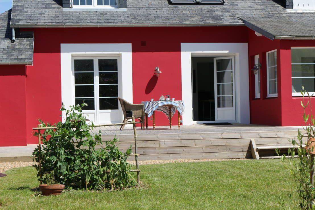 Couleur Exterieur Maison Contemporaine mystère sous vernis rouge..! | couleur façade maison