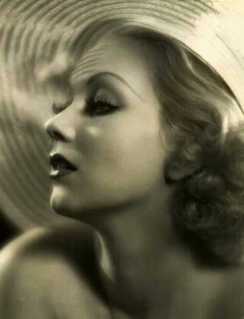 Ann Sothern - an early photo of a great actress - movies and early TV. Description from pinterest.com. I searched for this on bing.com/images