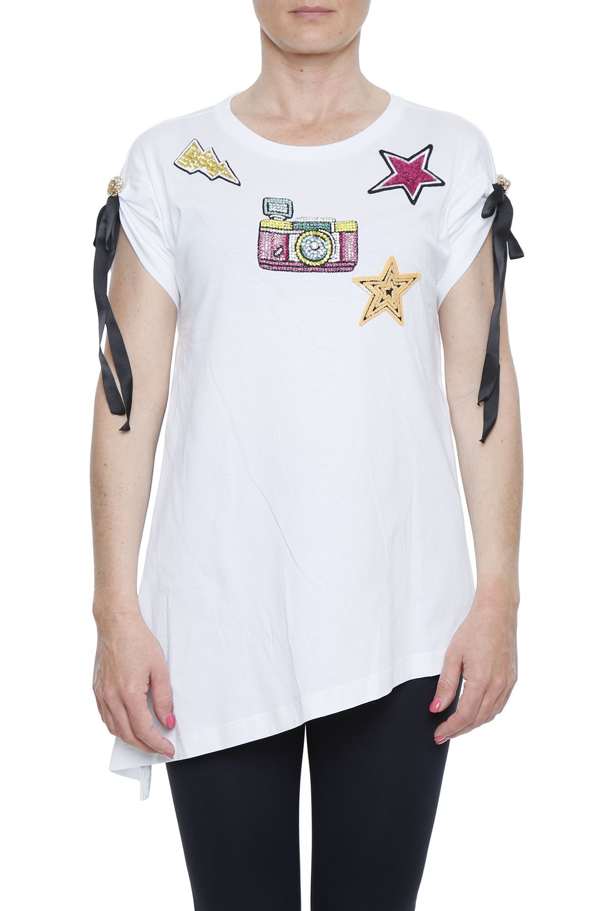 5622bf4e DOLCE & GABBANA T-SHIRT WITH EMBELLISHED PATCH. #dolcegabbana #cloth ...