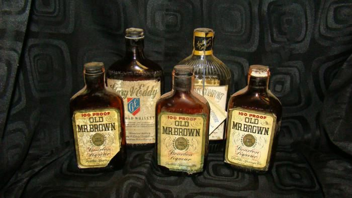 Photo Gallery Sun 7 26 San Francisco Pharmacy Apothecary Collectible Bottles Many More Collectibles Beautiul Art Furn Bottle Liquor Bottles Apothecary