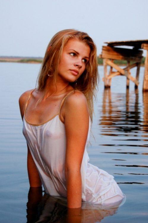 Cassandra lynn playmate full nude
