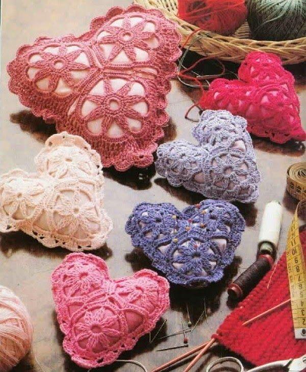 Alfiletero con forma de corazón tejido al crochet | Proyectos que ...
