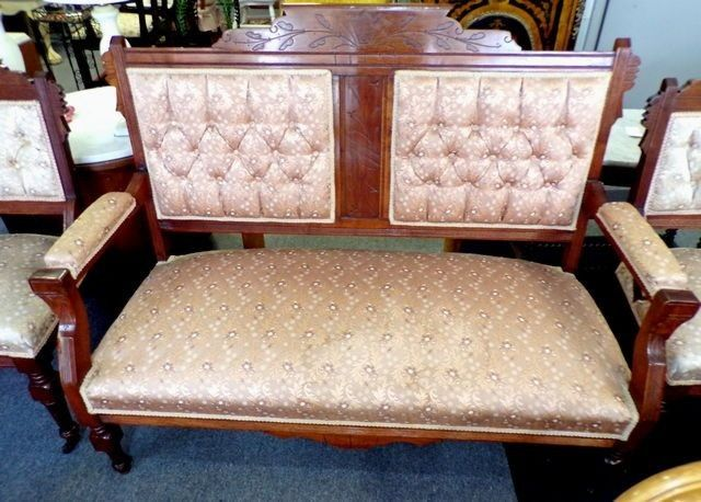 Antique Furniture Vintage. Looking For Genuine Old Fashioned, Retro And /  Or Timeless Items Straight From Trusted Vintage Outlets?
