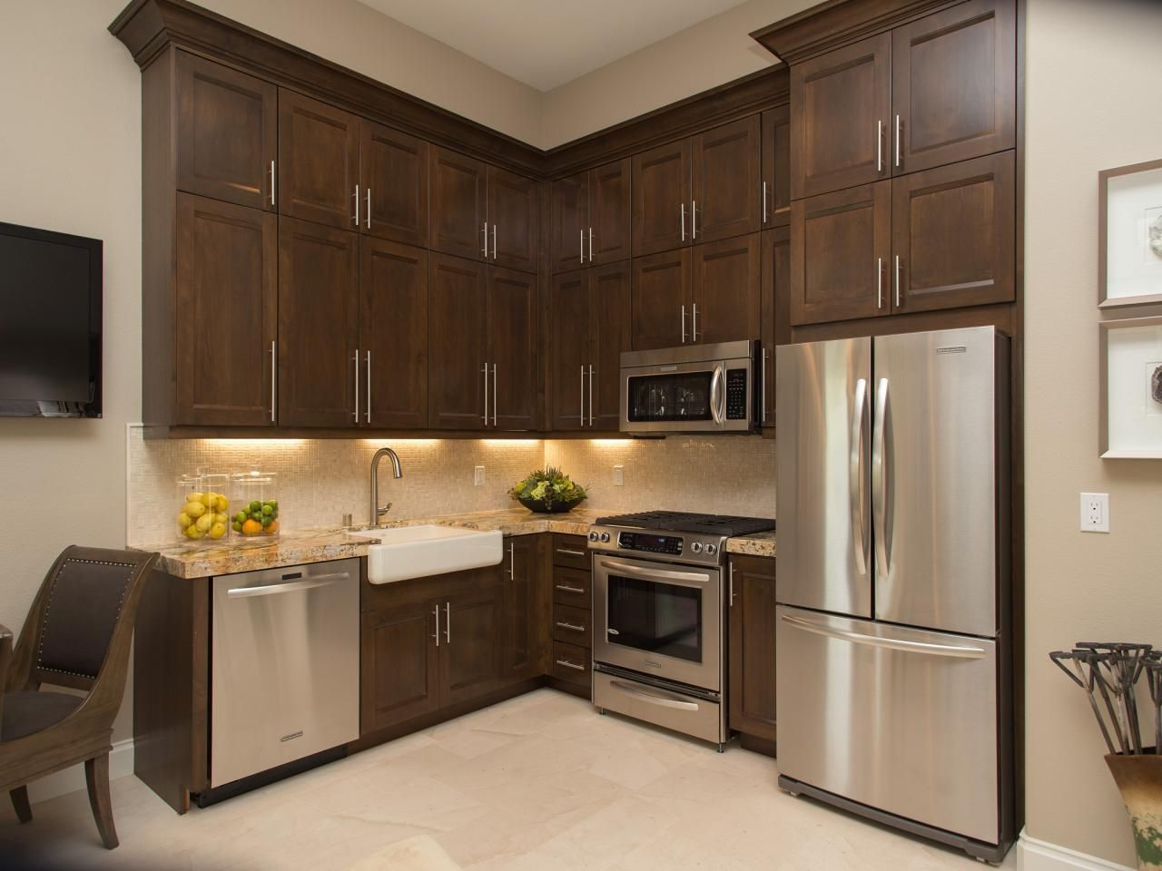 guest house kitchen. Property Brothers At Home: Tour Their Guest House Kitchen