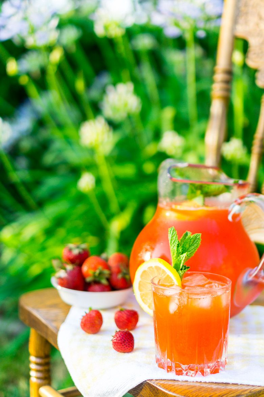 Minted strawberry lemonade strawberry lemonade