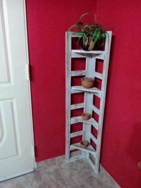 baranda de cuna reciclada, los estantes son de restos de pallets ...