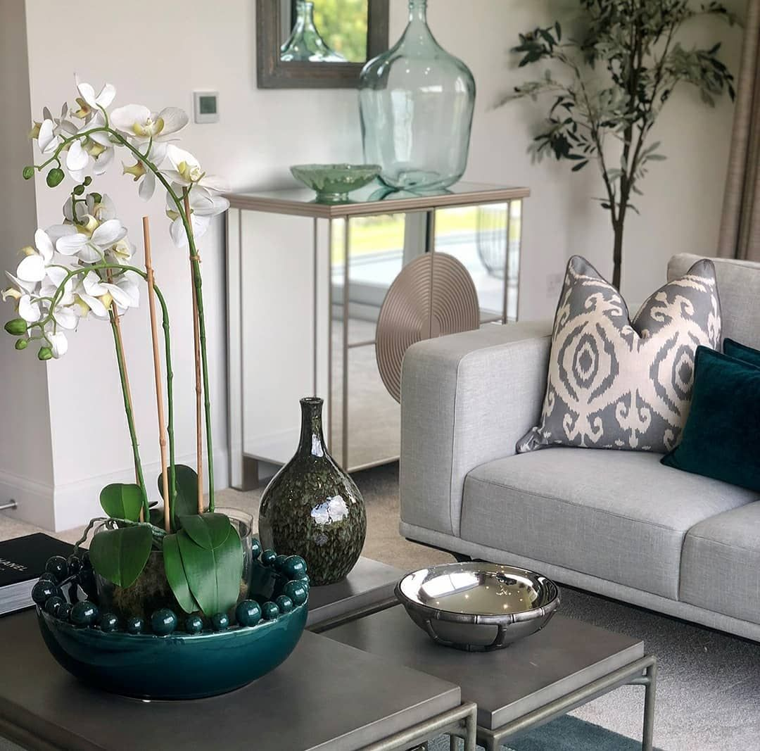 Contemporary Luxe Interiors With Harbinger Of Spring In Kochi Homeinteriors Homedecorstore Interiordesigners Interiorstyli Decor Home Decor Store Interior Styling