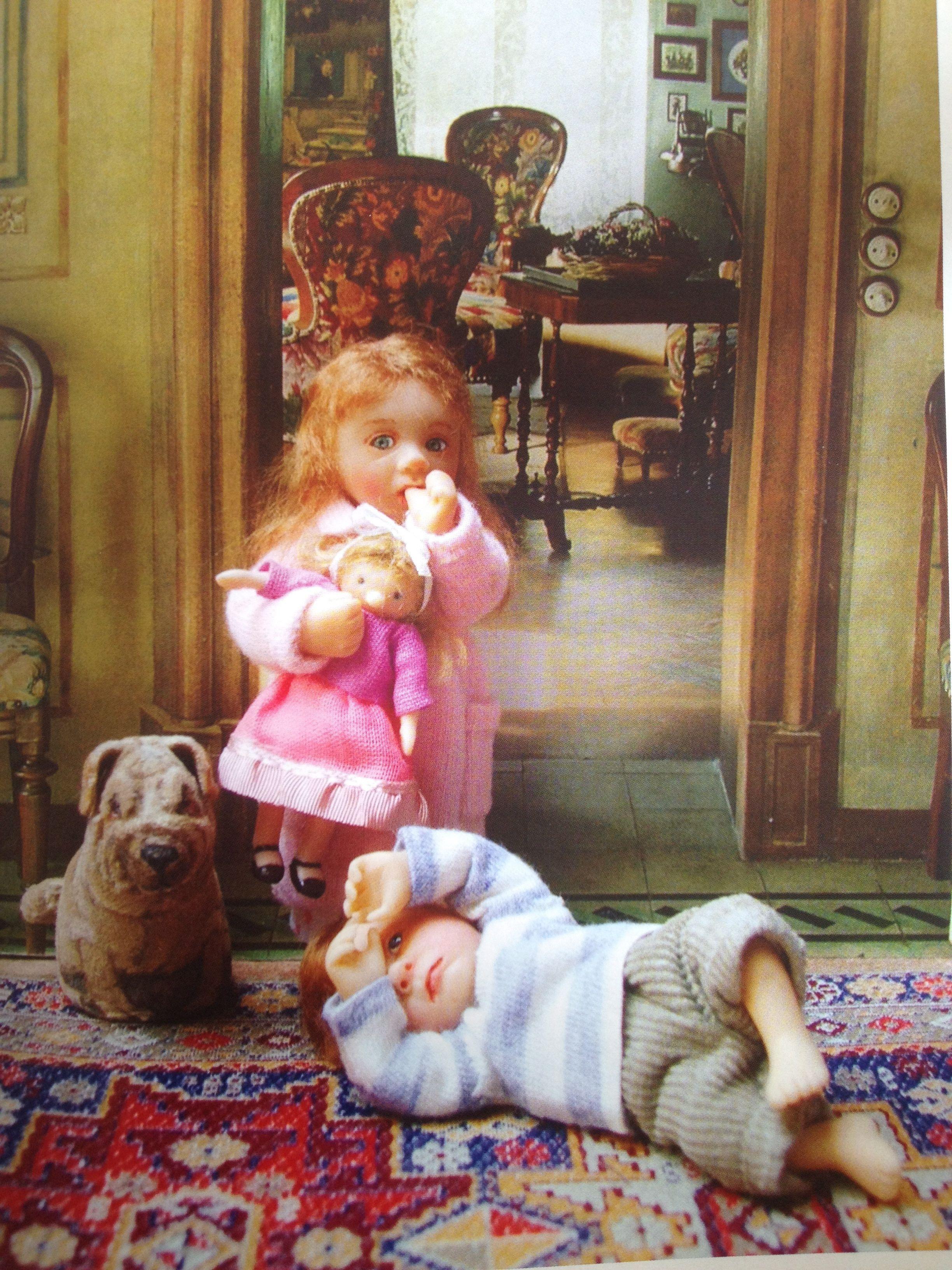 Cute pair of Catherine Muniere miniature dollhouse dolls