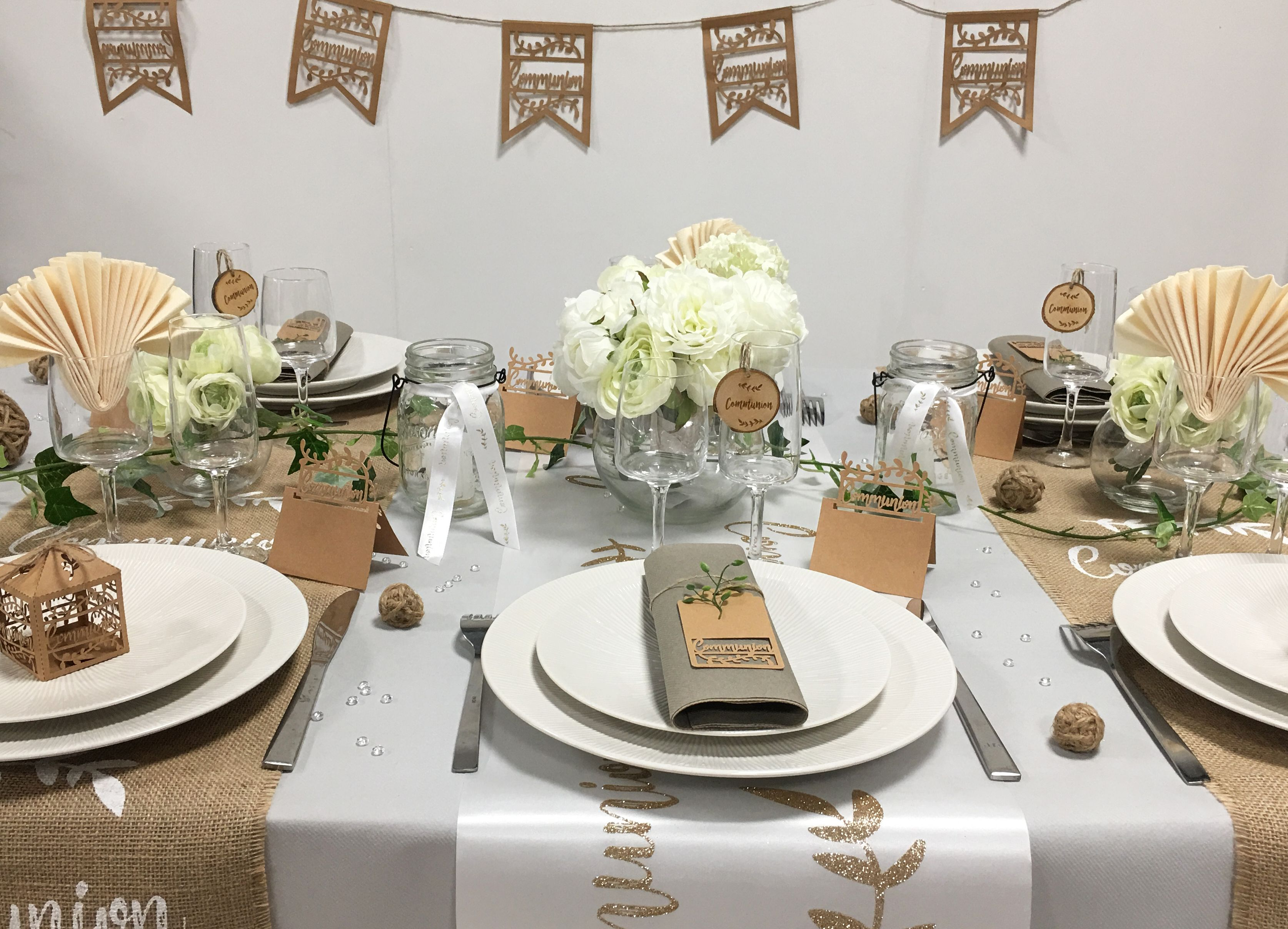 d co de table pour communion bapteme communion table communion et table settings. Black Bedroom Furniture Sets. Home Design Ideas