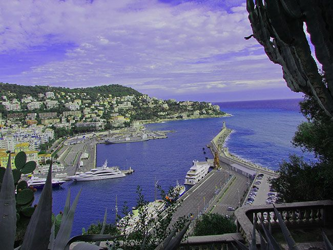 Looking to travel?  Check out Nice France :)