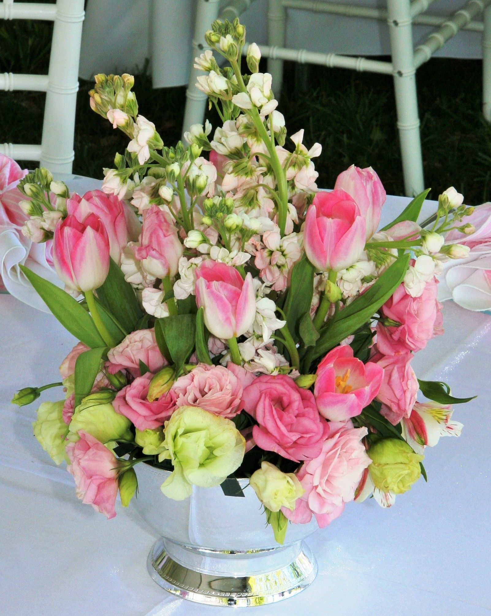 Pink and white flower mix in silver vase for wedding centerpiece pink and white flower mix in silver vase for wedding centerpiece reviewsmspy