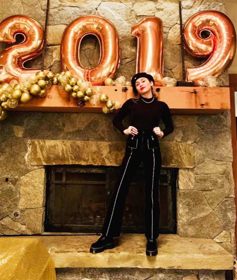 Celebrities On New Years Eve 2019 See Stars Celebrating