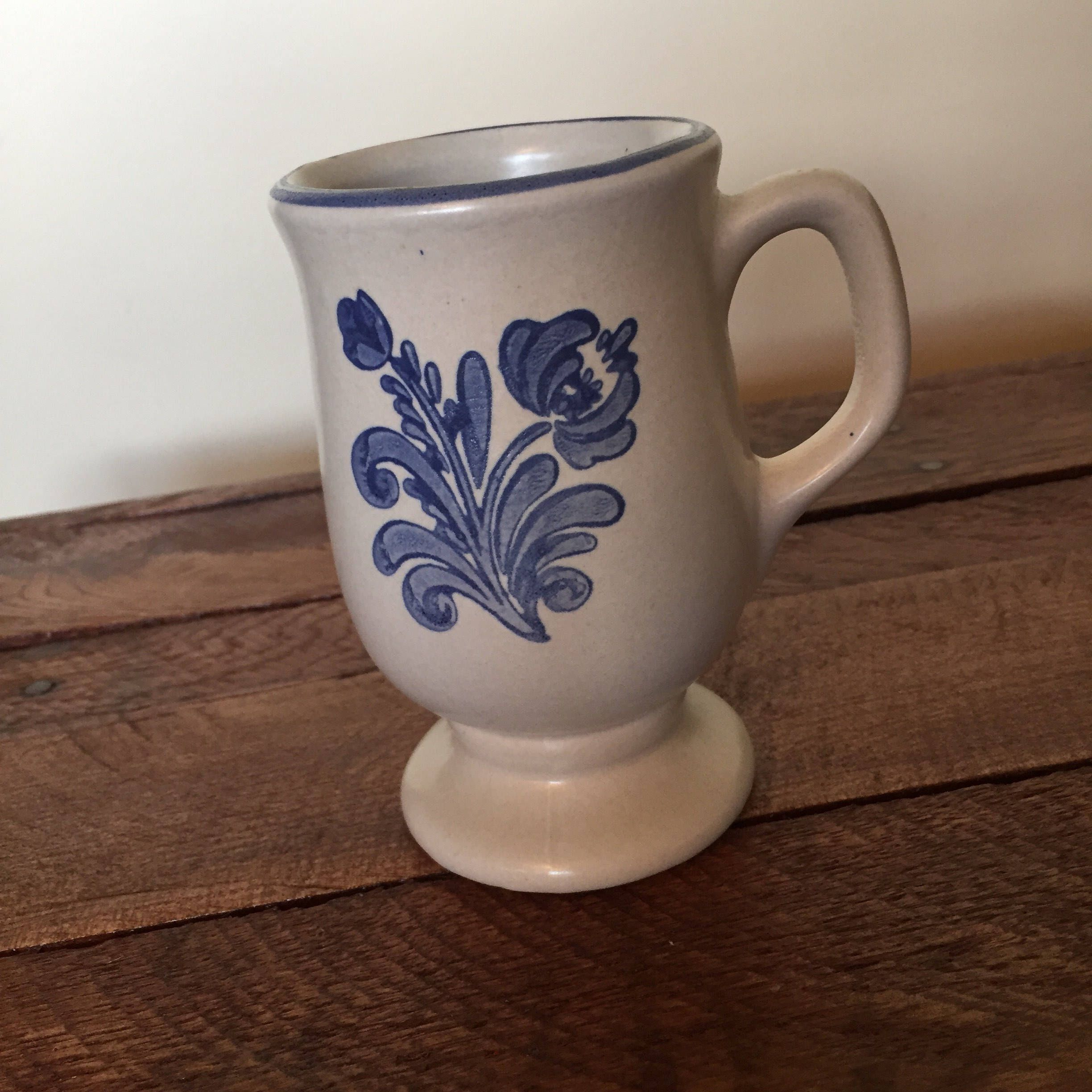 prodigious Pfaltzgraff Vintage Floral Part - 7: Iconic Vintage Pfaltzgraff Mug in the Historic Yorktown pattern 1960s White  and Blue Floral Mug by