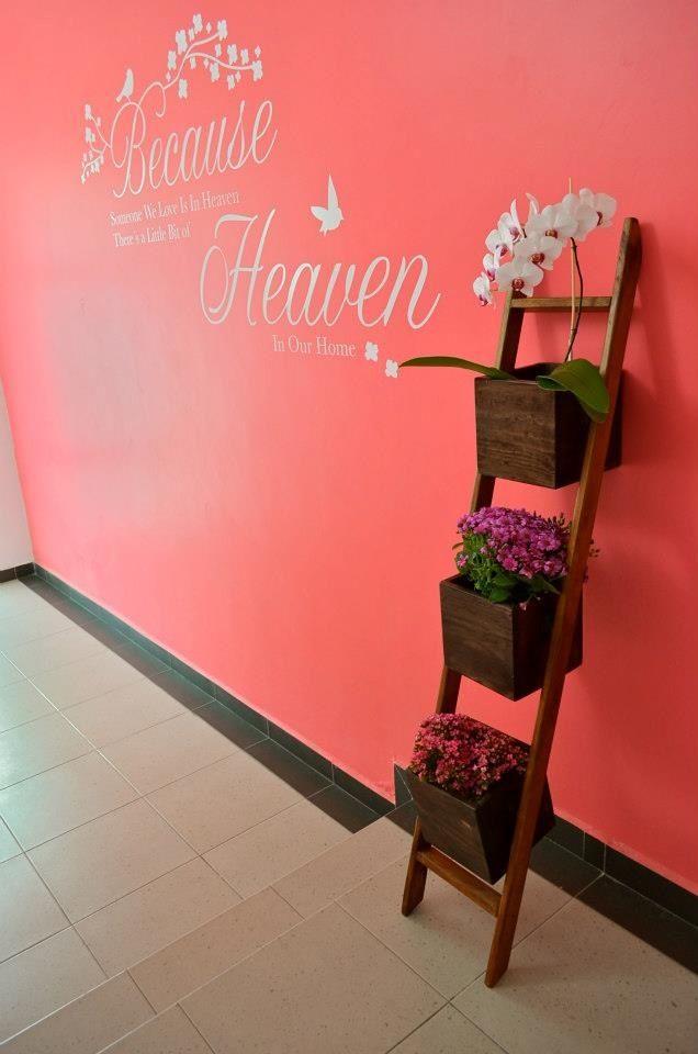 Escalera decorativa madera home decor decor y ideas - Escalera decorativa zara home ...