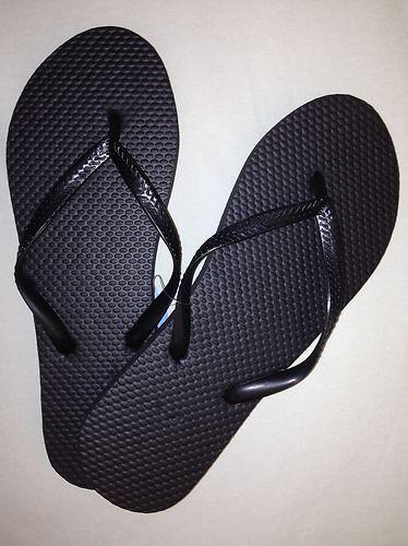 New Wholesale Lot 72 Pairs Ladies Solid Black Flip Flops