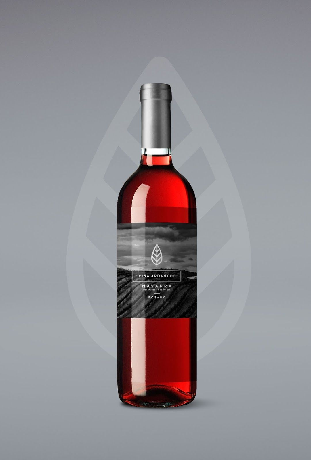 Winery For Dia Supermarkets In 2020 Wine Bottle Winery Creative Packaging Design