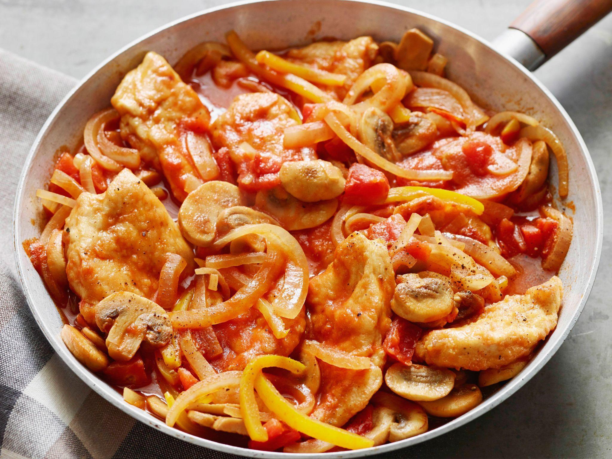 4 step chicken marengo recipe chicken marengo recipes and foods 4 step chicken marengo recipe from melissa darabian via food network forumfinder Image collections
