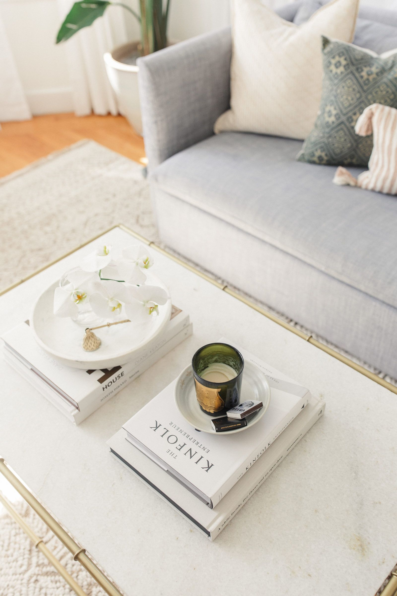 Coffee table books under 40 in 2020 with images