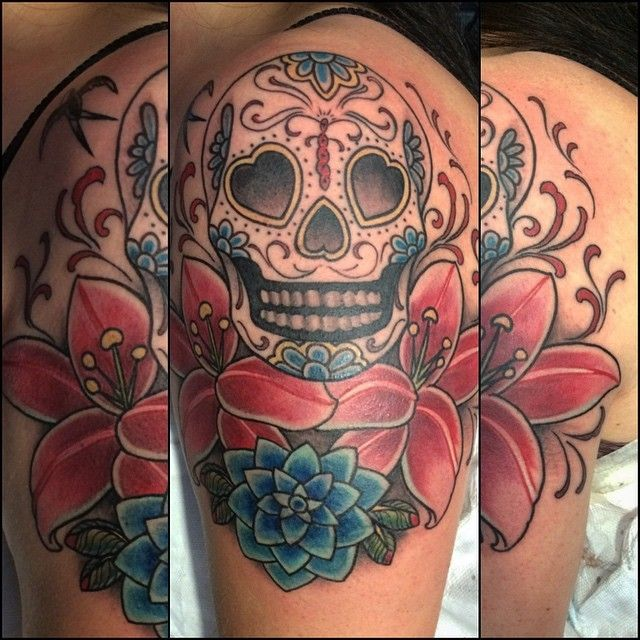 tattoo tatouage recouvrement bras crane mexicain skull. Black Bedroom Furniture Sets. Home Design Ideas