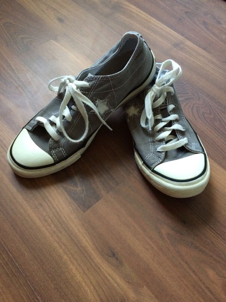 Converse One Star Womens Sneakers Size Women apos s 8 5 Gray White Sneakers   6dd6e1603e