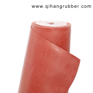 Plain Red Rubber Flooring Sheet Laying To Protect The Ground Qihang