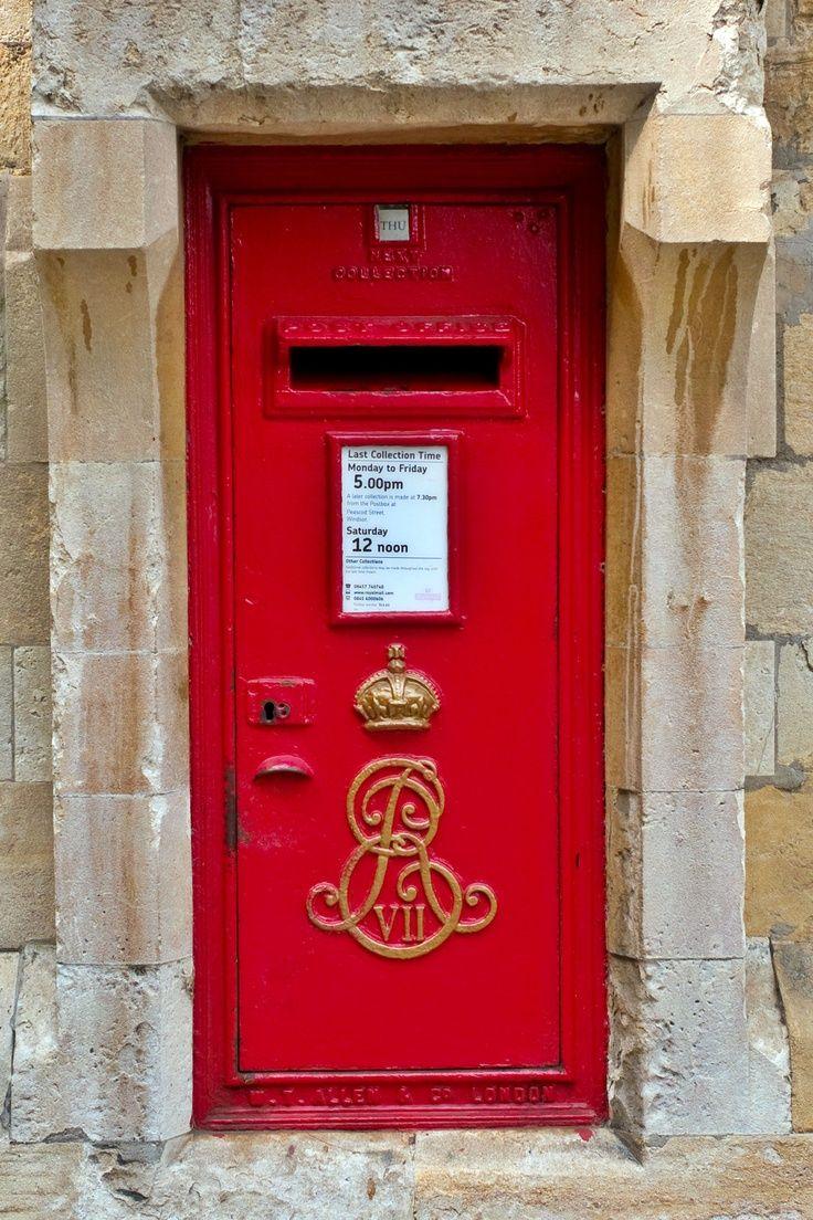 Post Box Bushmills Northern Ireland Uk Post Box Antique Mailbox Phone Box