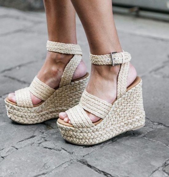 c5b81c6d52b 10 Cute Sandals You Need For Spring
