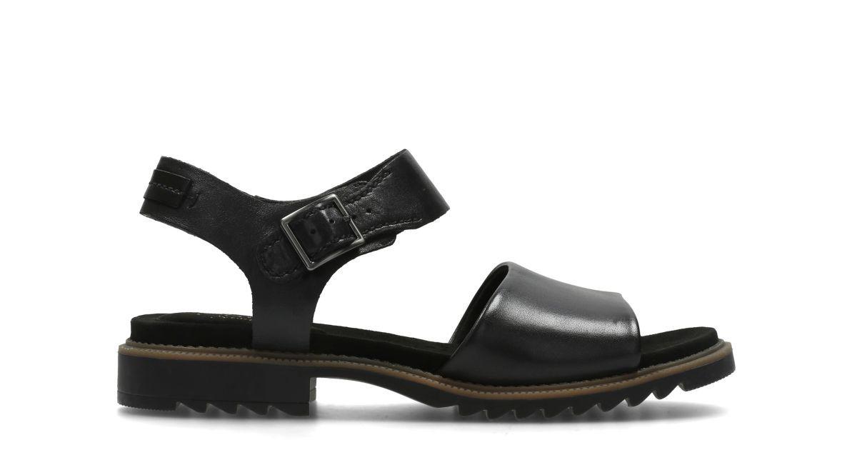 Ferni Fame Black Leather | Clarks