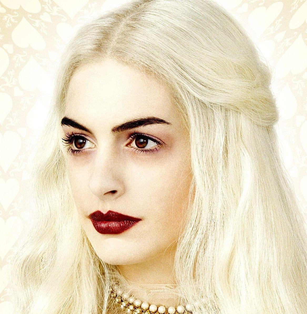 White Queen Make Up