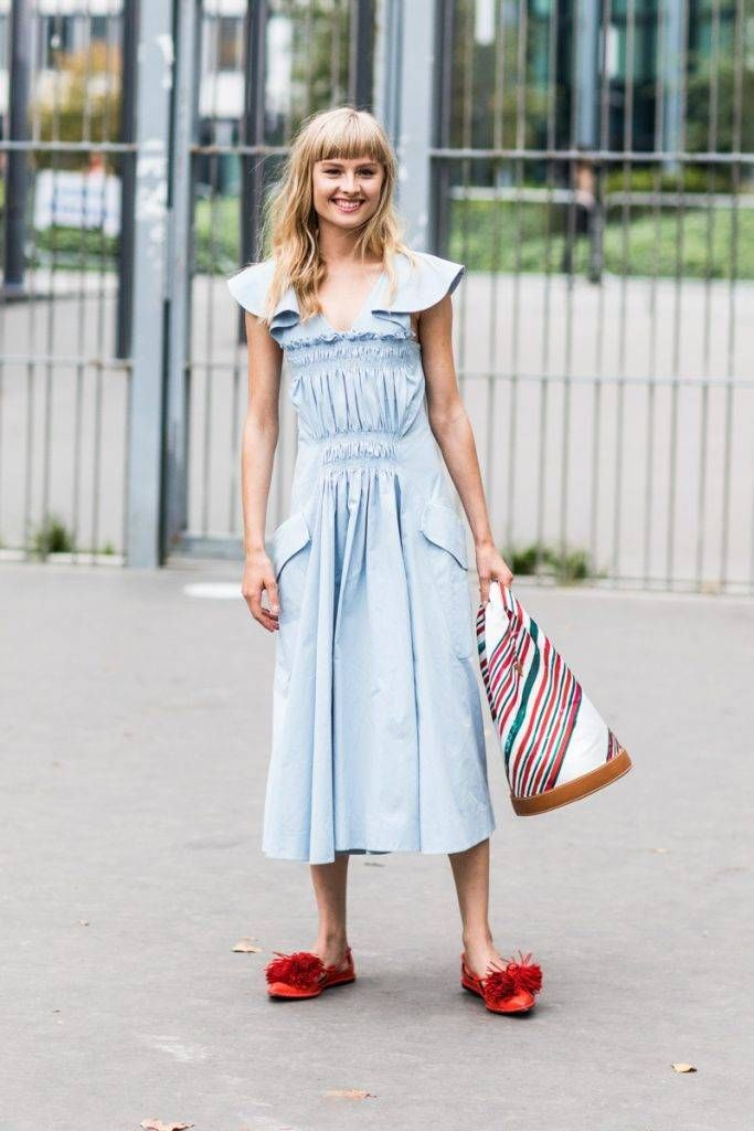 Enjoy a Laid-Back Dinner in These 16 Summer Outfits #summerdinneroutfits 16 Casual Summer Dinner Outfits   Who What Wear #summerdinneroutfits
