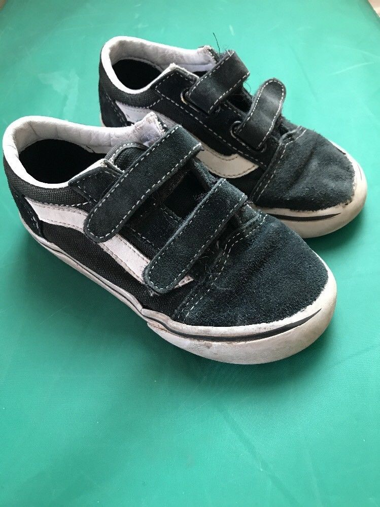 58e13f2798587a Toddler Boys Vans Skate Shoes Size 9 Sk8 LO Black White Velcro Play  Condition