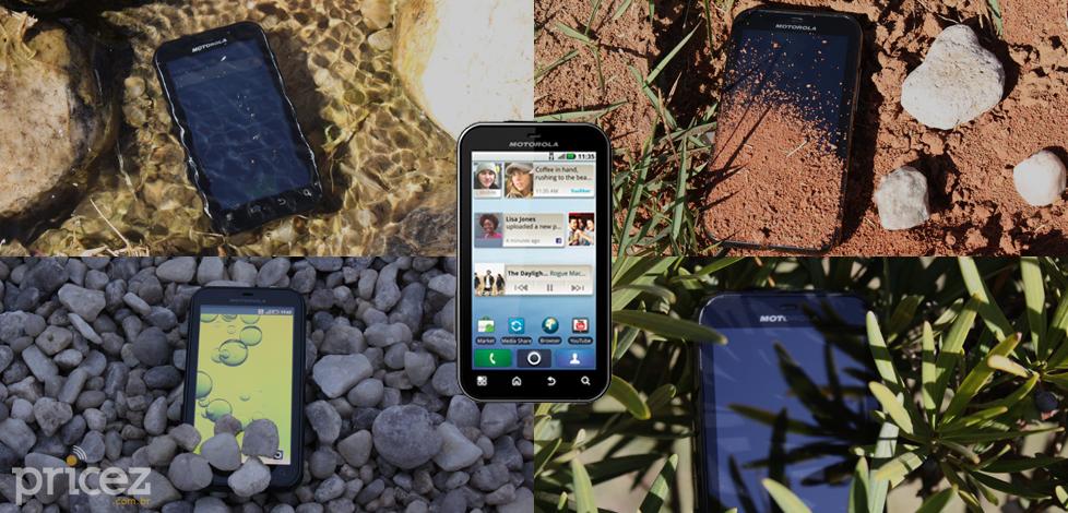 Motorola Defy+  Resistente até em baixo d'água.
