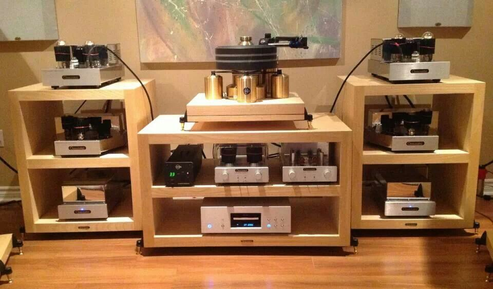 Coincedent amplification with Kuzma turntable and Esoteric digital