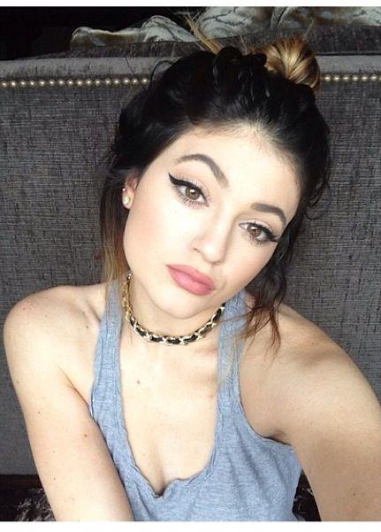 Kylie jenner, hair up kinda day