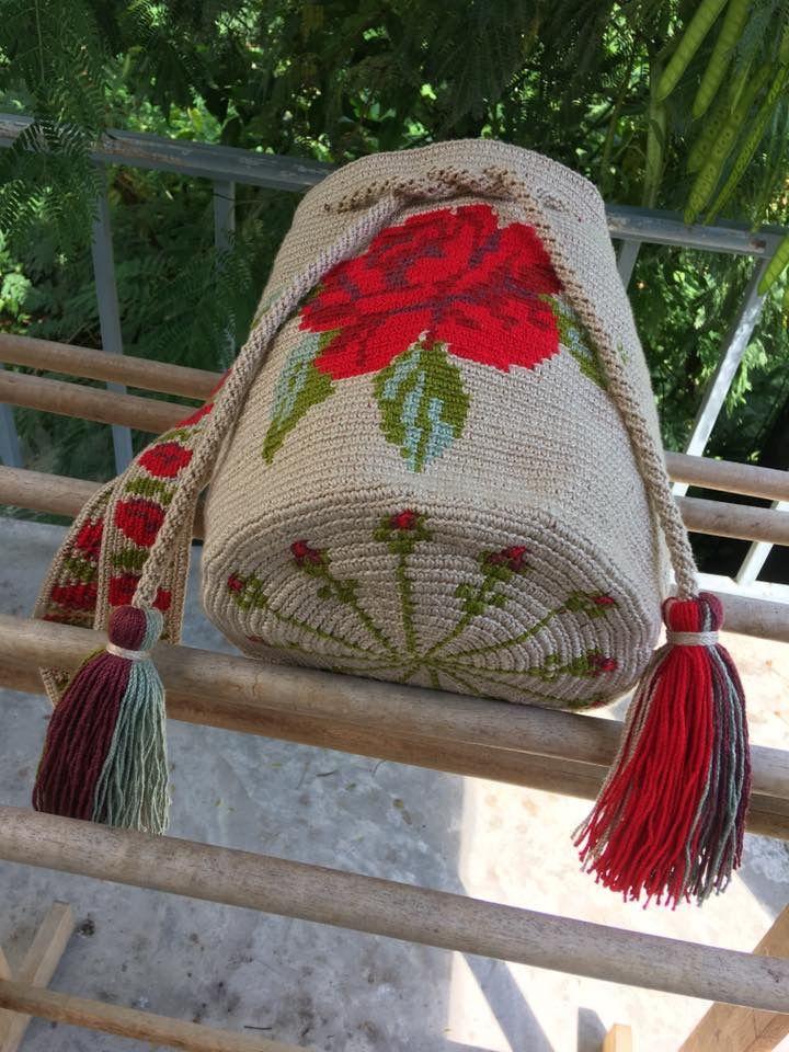 Pin von Mary Guzmán auf Wayuu bags~♧ | Pinterest | Beutel häkeln ...