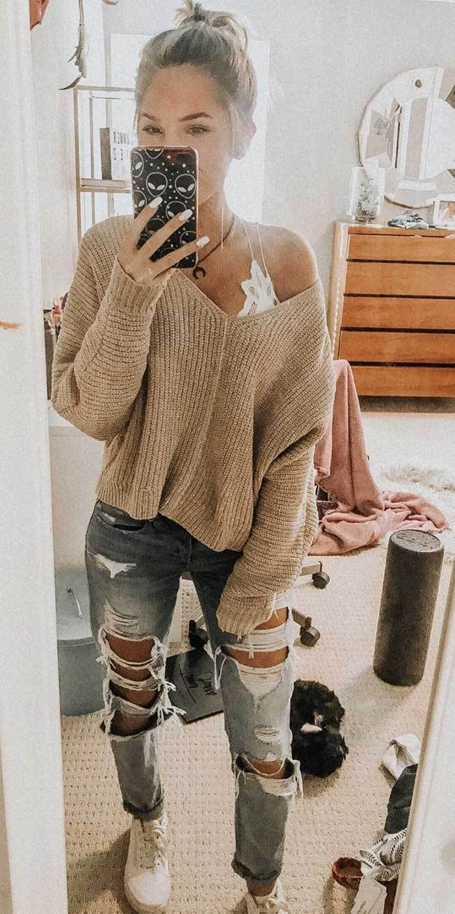 ripped jeans sweater, trendy outfits, winter outfits #winteroutfits cute winter outfits, best winter outfits #trendyoutfits