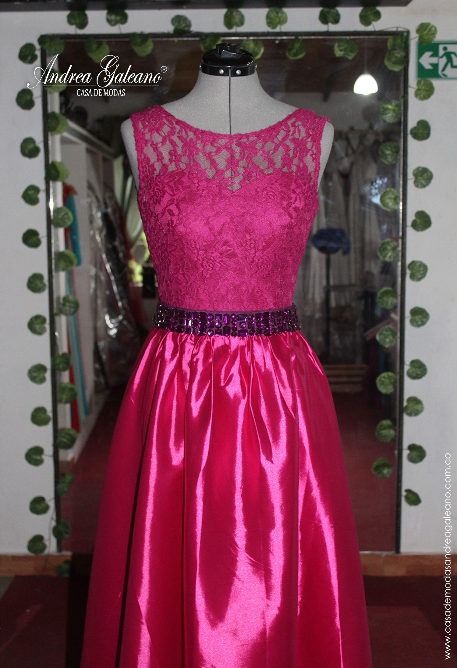 Hermoso Vestido de fiesta color magenta diseñado por Casa de Modas ...