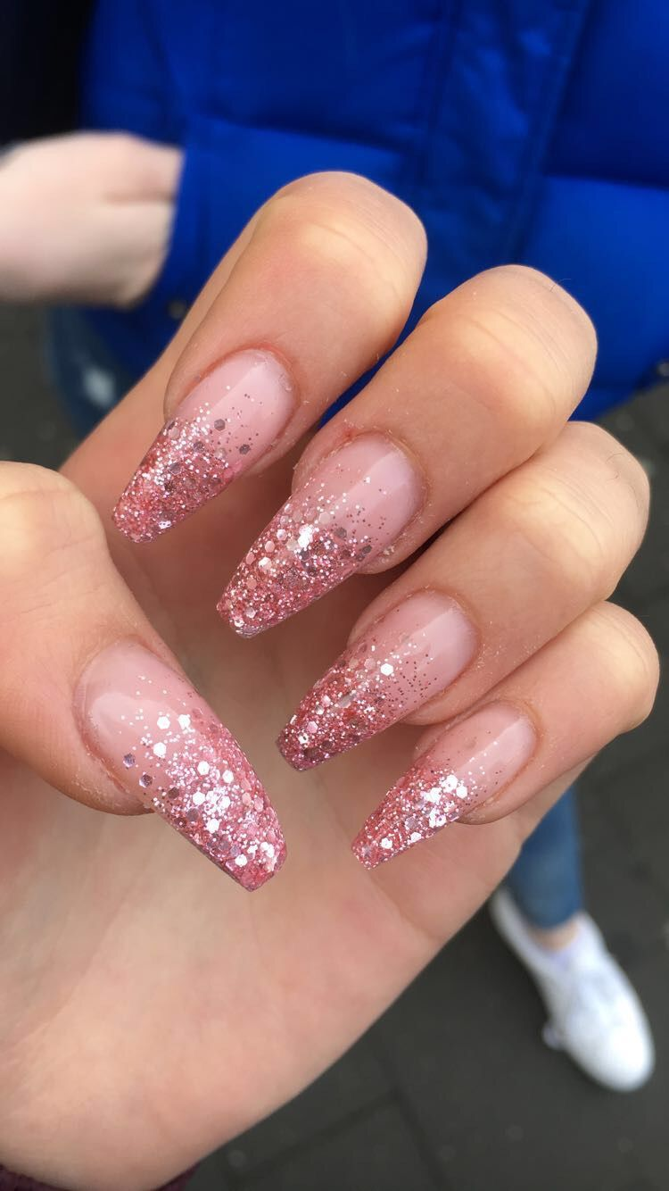 Idea By Rachel On Nail Ideas Pink Acrylic Nails Coffin Nails Glitter White Acrylic Nails