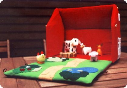 carry your ready to play little farm everywhere !
