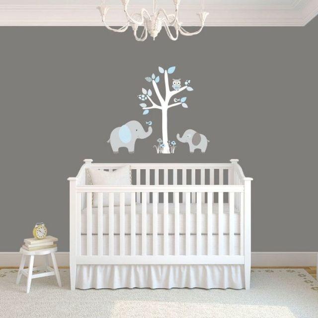 Idée déco chambre bébé sympa et originale à motif d\'éléphant