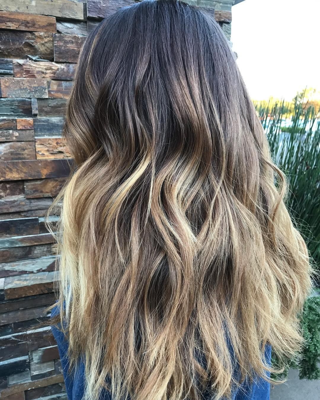 Dark Brown Naturally Wavy Hair With Buttery Blonde Balayage Brown Blonde Hair Brown Hair With Blonde Balayage Balayage Hair Blonde
