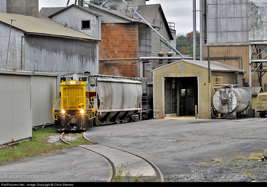 RailPictures.Net Photo: NSHR 1940 North Shore Railroad EMD SW1500 at Weigh Scales, Pennsylvania by Chris Starnes