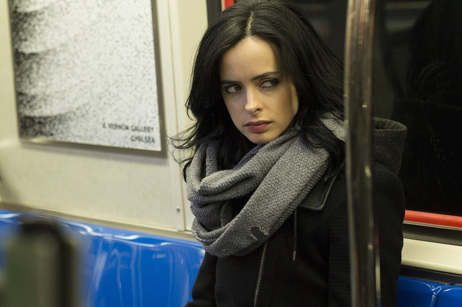 Critics and viewers have been raving about Marvel's new offering on Netflix, the noir-ish Jessica Jones; the youngest tomboy comic character of Marvel's superhero canon, this brutally dark and haunting series has tipped the critics scales on how moody, brooding comic book characters should be executed onscreen. We discuss what made the series such an amazing piece of work.  #marvel #jessicajones #netflix #badasswomen #geekgirl #tomboy #tomboygeek
