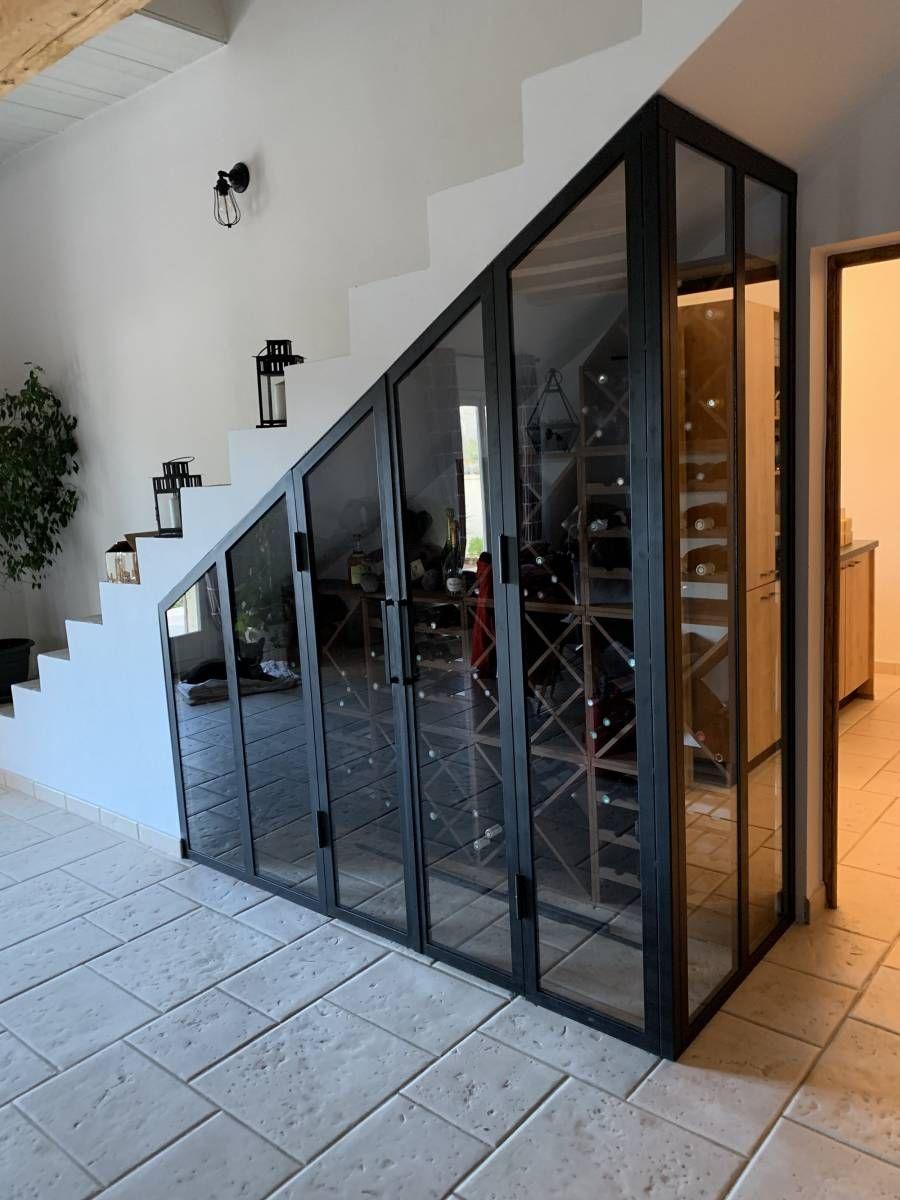 Une Cave A Vin fabrication d'une verrière en sous escalier pour cave à vin